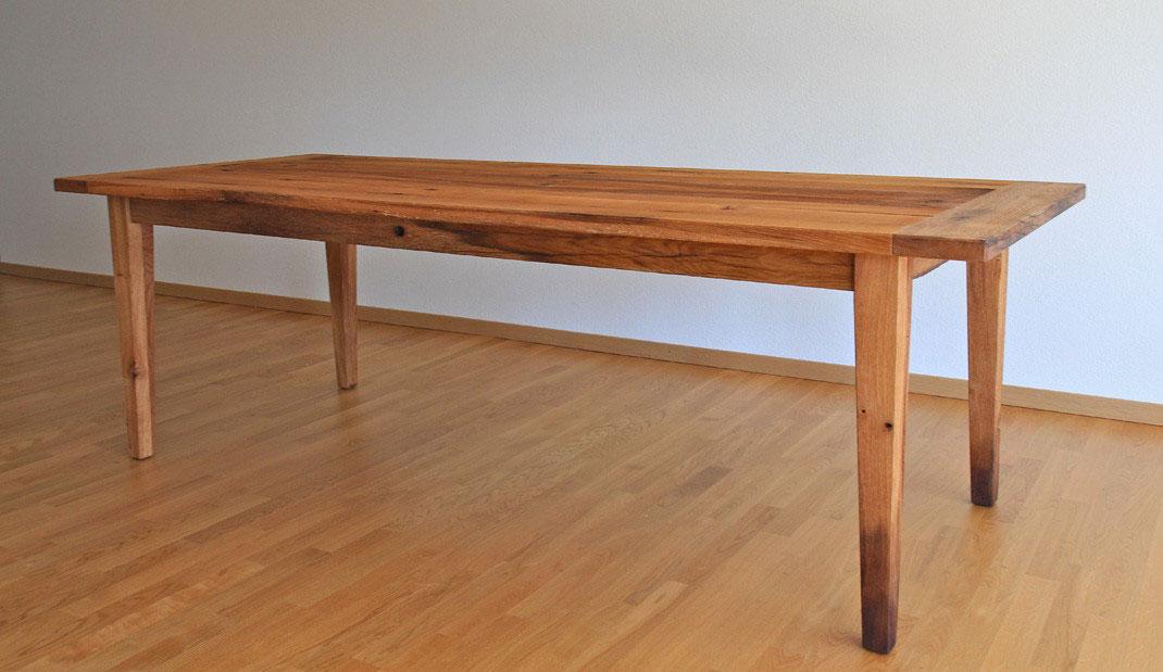 Esstische aus altholz lumnezia design m bel mit seele for Designer esstische aus holland