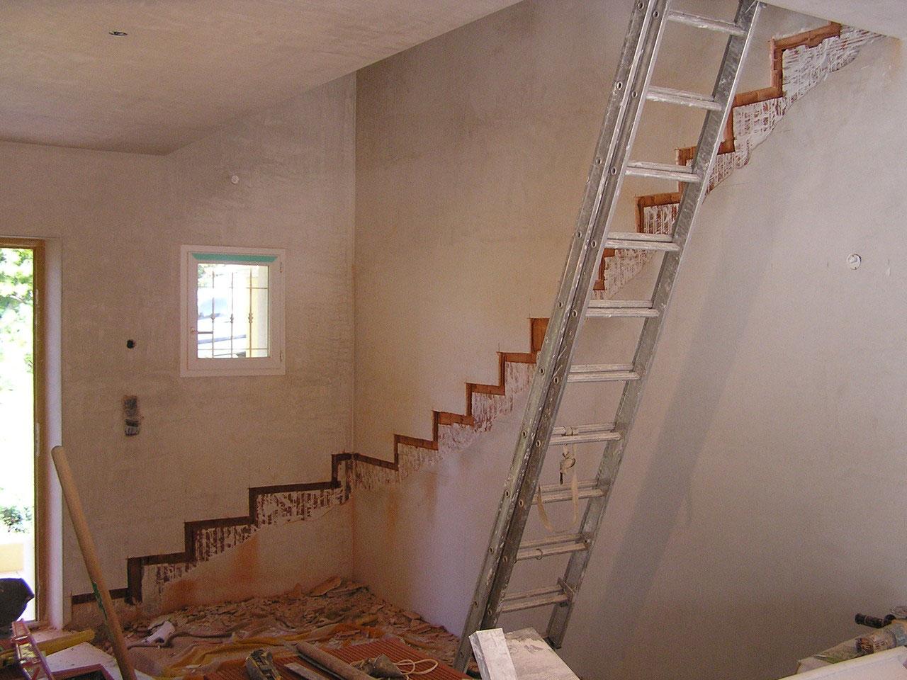 escaliers sur vo te sarrasine tout en pierre var. Black Bedroom Furniture Sets. Home Design Ideas