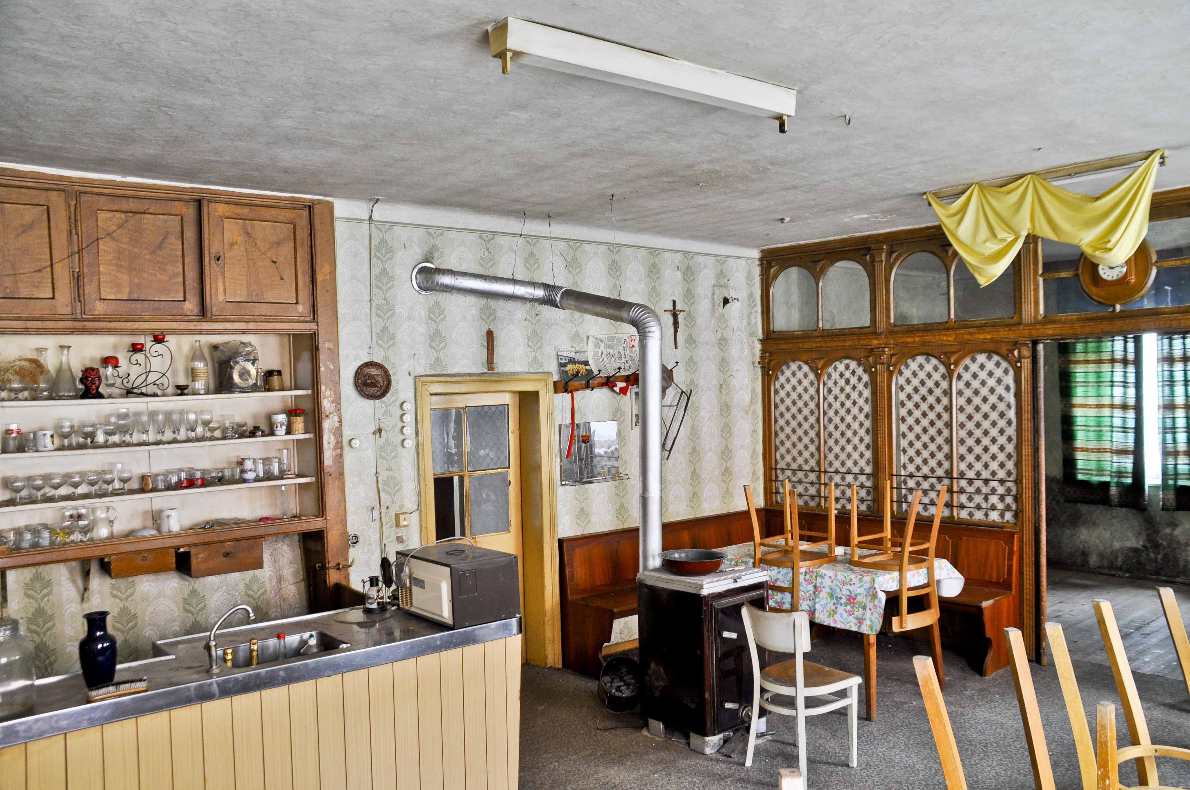 essen und trinken feiern und palavern gasthaus cello gm nd johannes laubenstein. Black Bedroom Furniture Sets. Home Design Ideas
