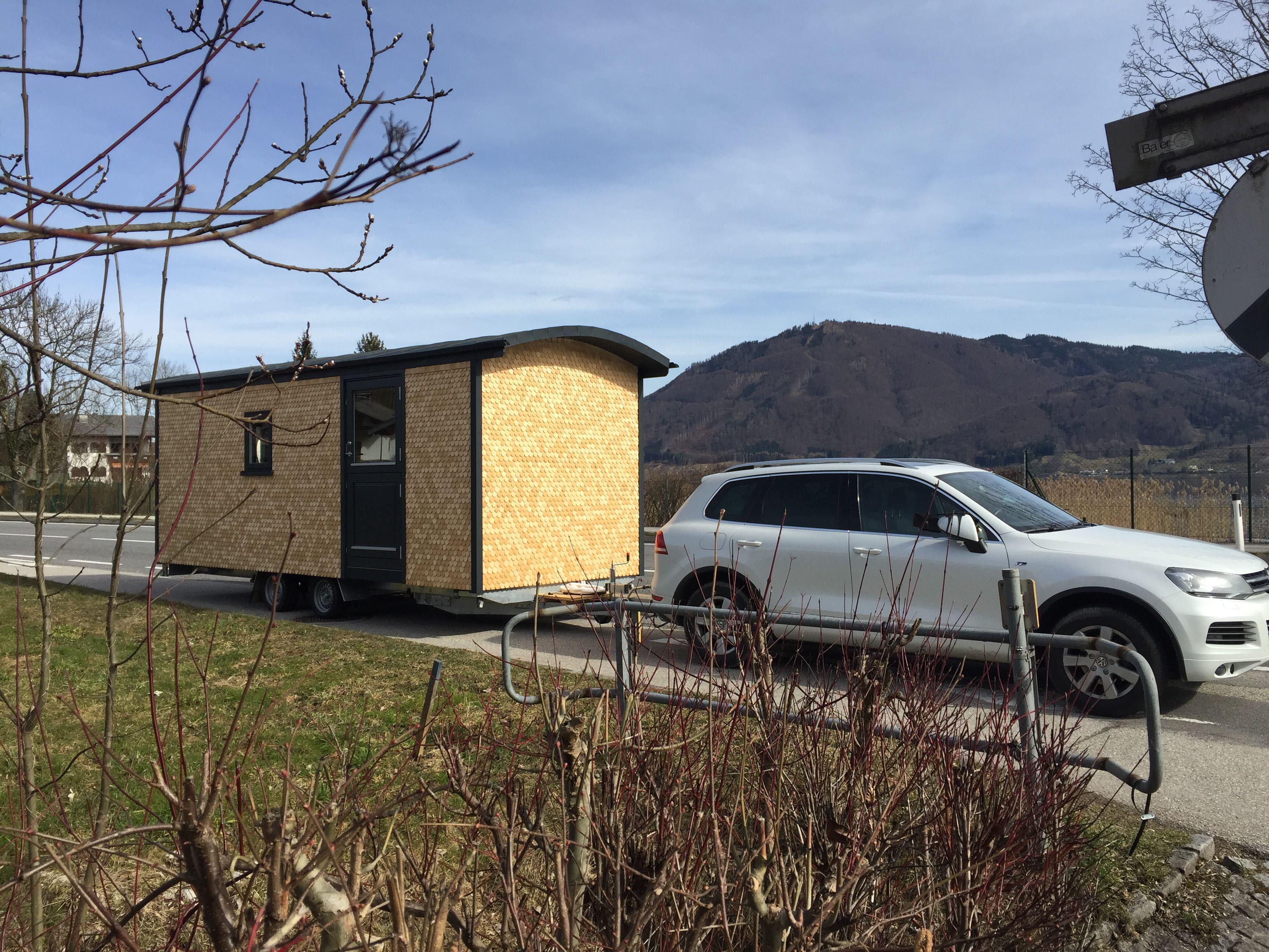 camping reisen mit unserem holz wohnwagen holzbau pletz. Black Bedroom Furniture Sets. Home Design Ideas