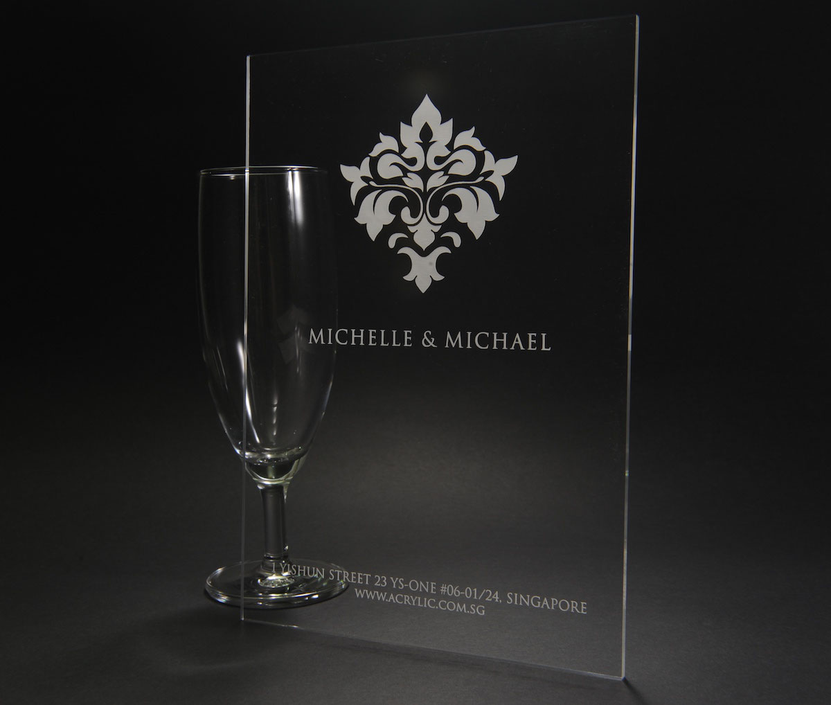 On Line Acrylic Laser Engraving Acrylic Display Design