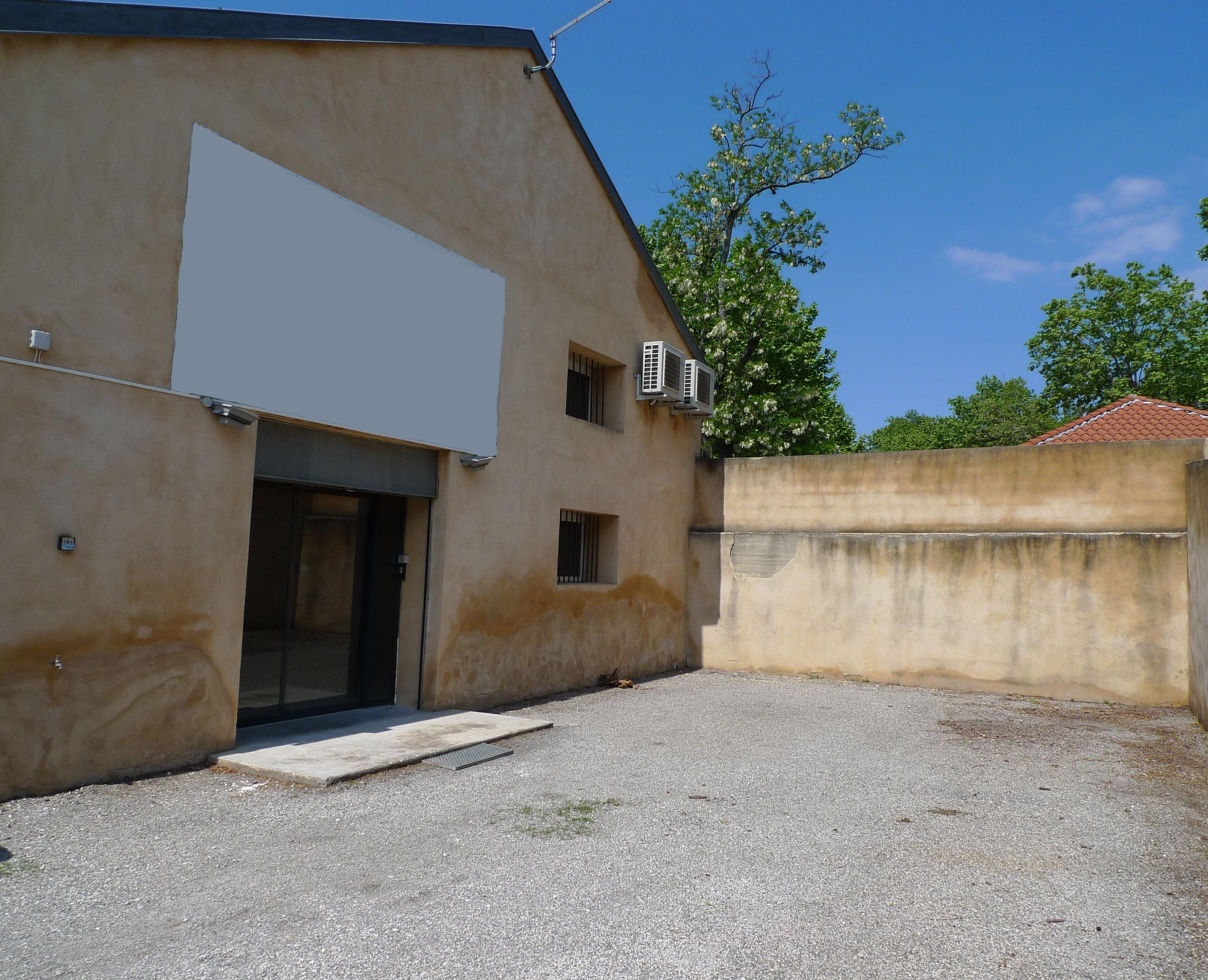 Vente local commercial vaucluse locaux commerciaux vaucluse a vendre 84 a vendre immobilier - Hangar a vendre vaucluse ...