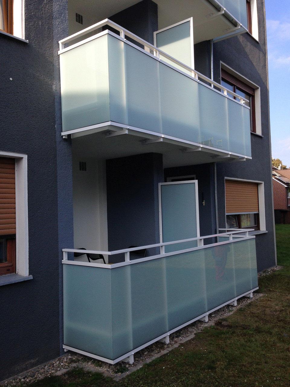 balkonsanierung fassadenbau klein impelmann gmbh schimmelfreies zuhause in duisburg. Black Bedroom Furniture Sets. Home Design Ideas