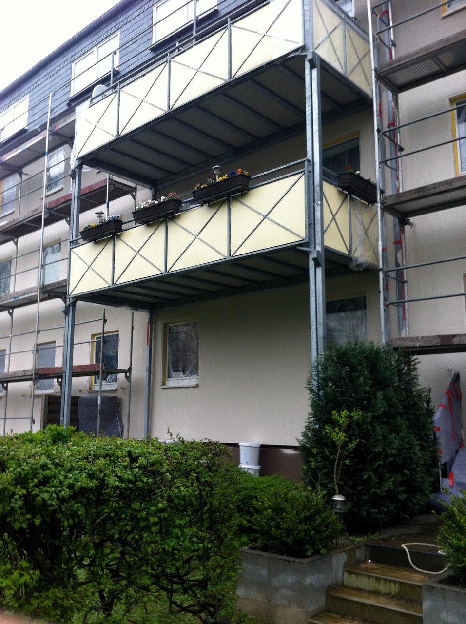 sanierung ein balkon ein kleines urlaubsparadies fassadenbau klein impelmann gmbh. Black Bedroom Furniture Sets. Home Design Ideas