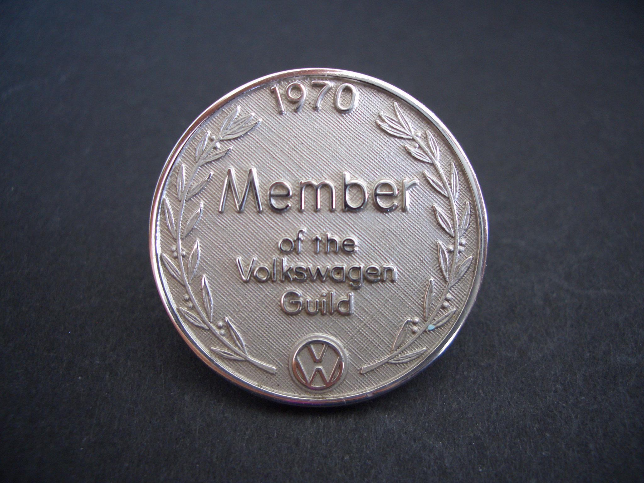 VW Pin von der Hauptversammlung 2001