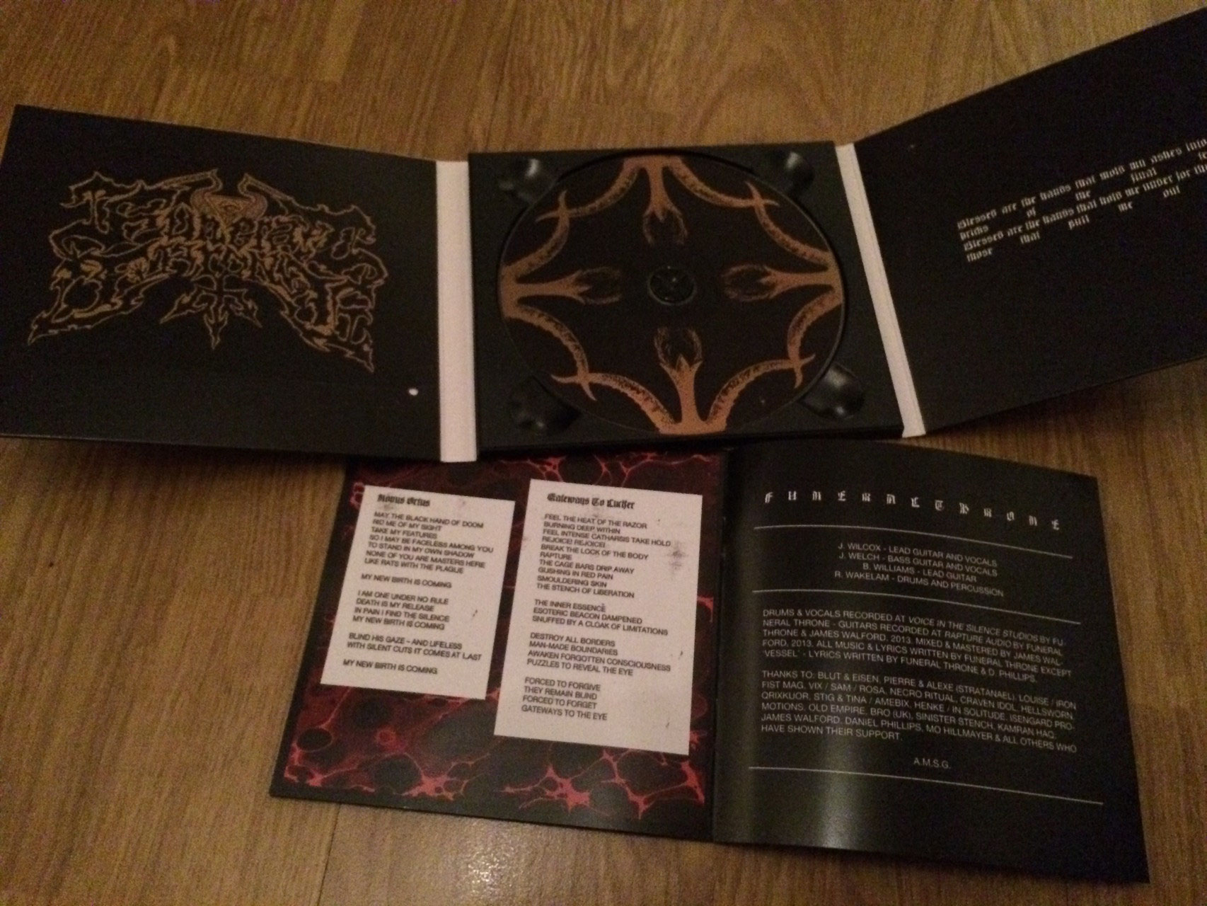 Funeral throne threshold blut eisen blackest metal stopboris Gallery