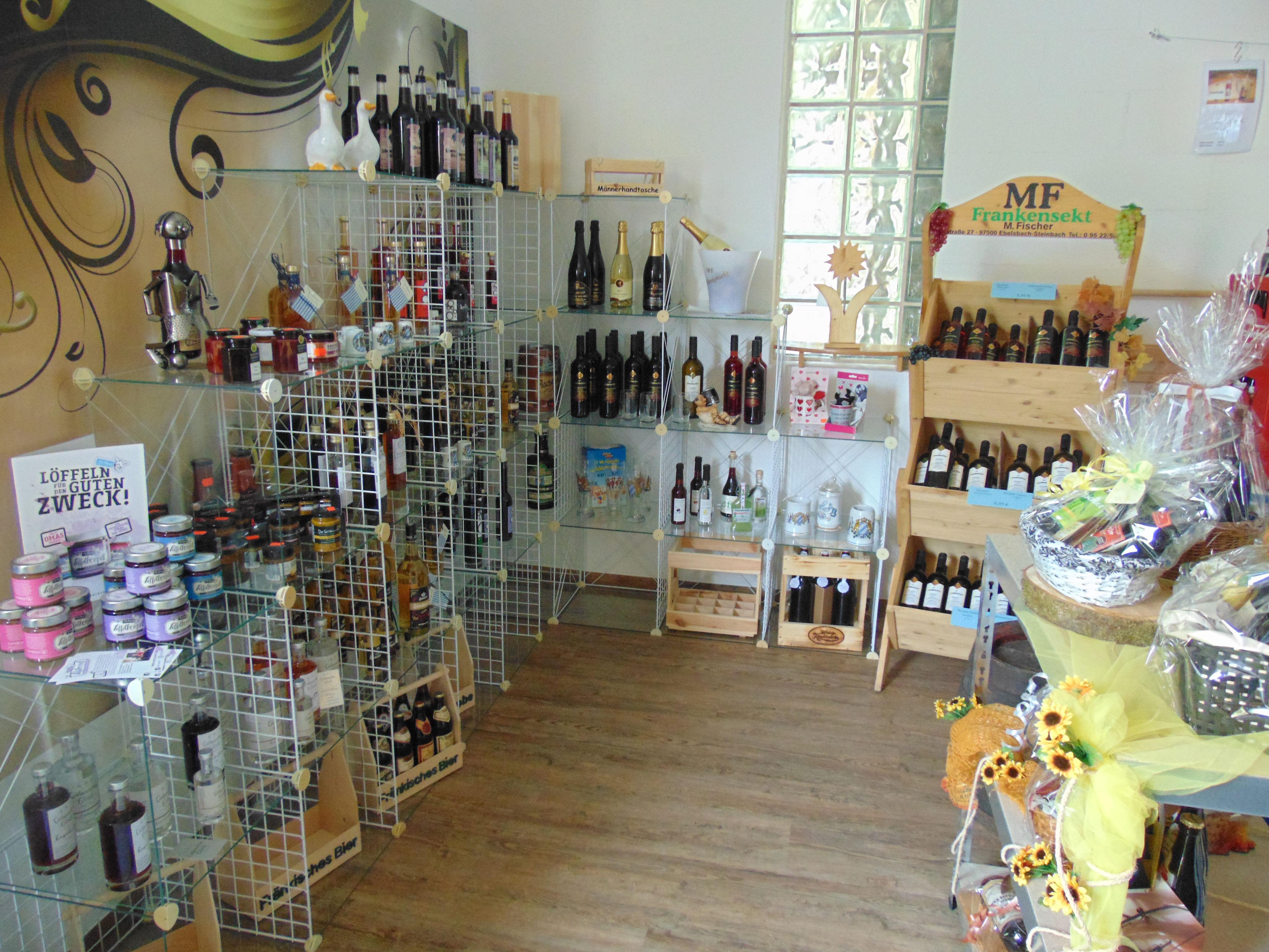 Urige Getränke - Ecke Stumpf - Stumpf-Porzellan und Vereinsbedarf