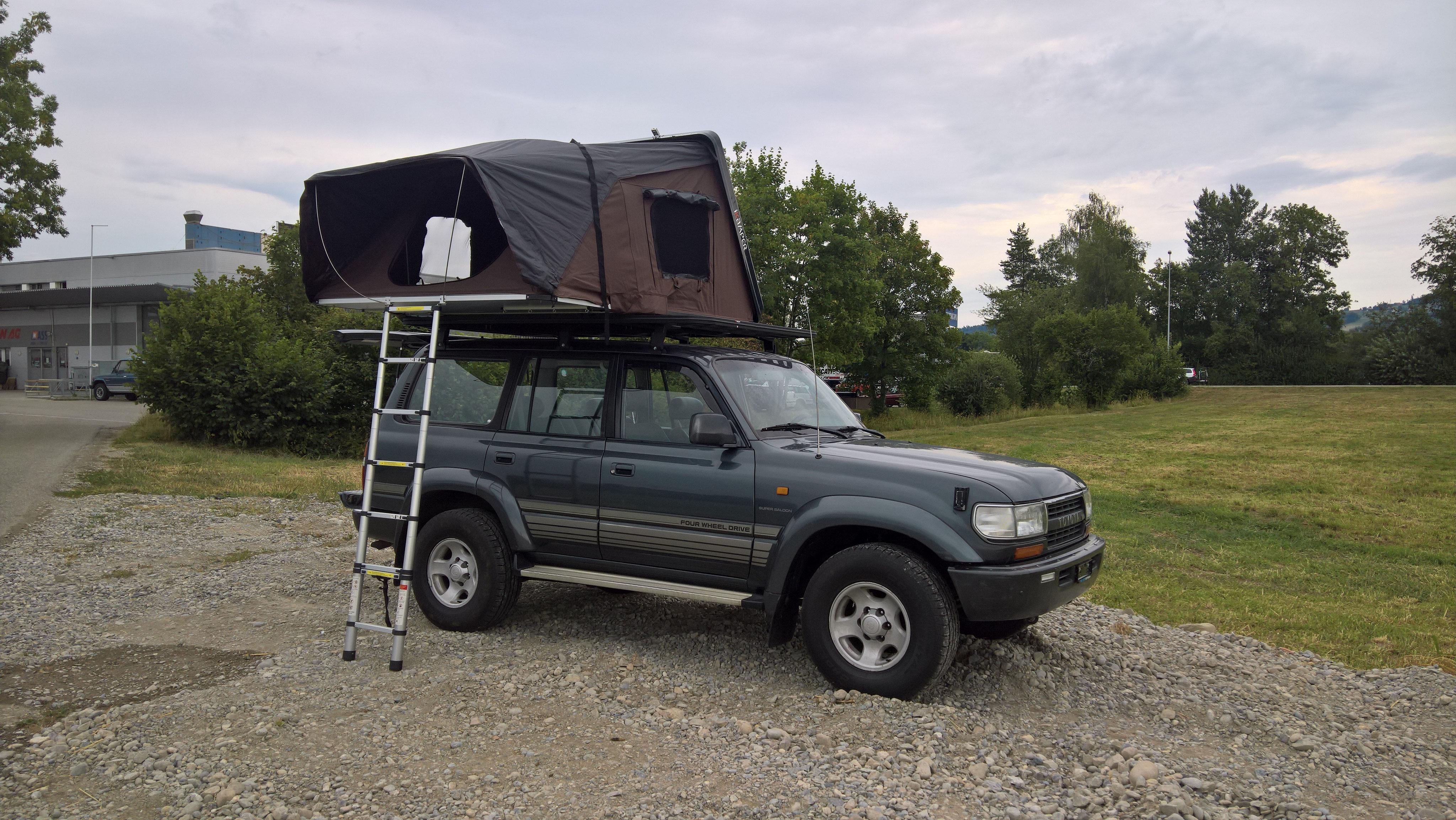 lieferwagen gel ndewagen zugfahrzeug mieten ein. Black Bedroom Furniture Sets. Home Design Ideas