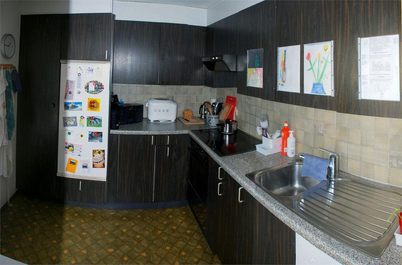 5 5 zimmer wohnung eigentumswohnung uetendorf 3661. Black Bedroom Furniture Sets. Home Design Ideas