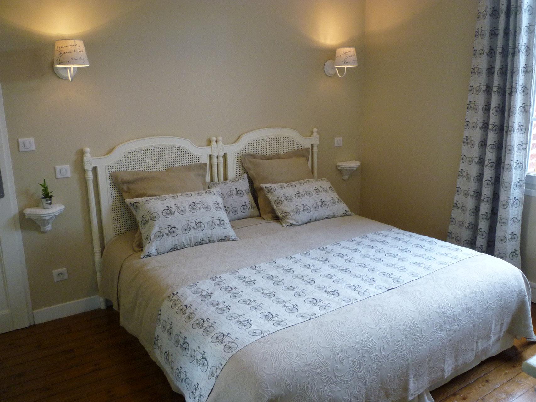 chambre d 39 h tes abbeville th me v lo chambres hote abbeville velo. Black Bedroom Furniture Sets. Home Design Ideas