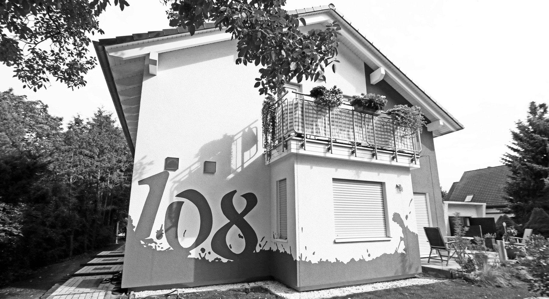 graffitik nstler wandmalerei graffitiauftrag fassadengestaltung. Black Bedroom Furniture Sets. Home Design Ideas