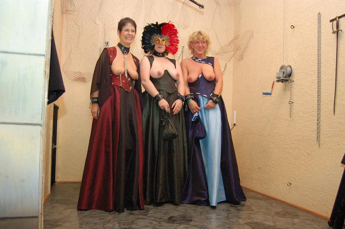 Kleider der O - lionara-moden Webseite!