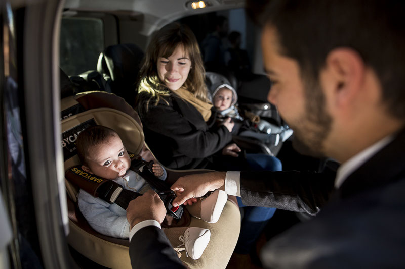 prendre un taxi avec si ge b b sur paris a roport taxi qui transporte les bebe taxi avec. Black Bedroom Furniture Sets. Home Design Ideas