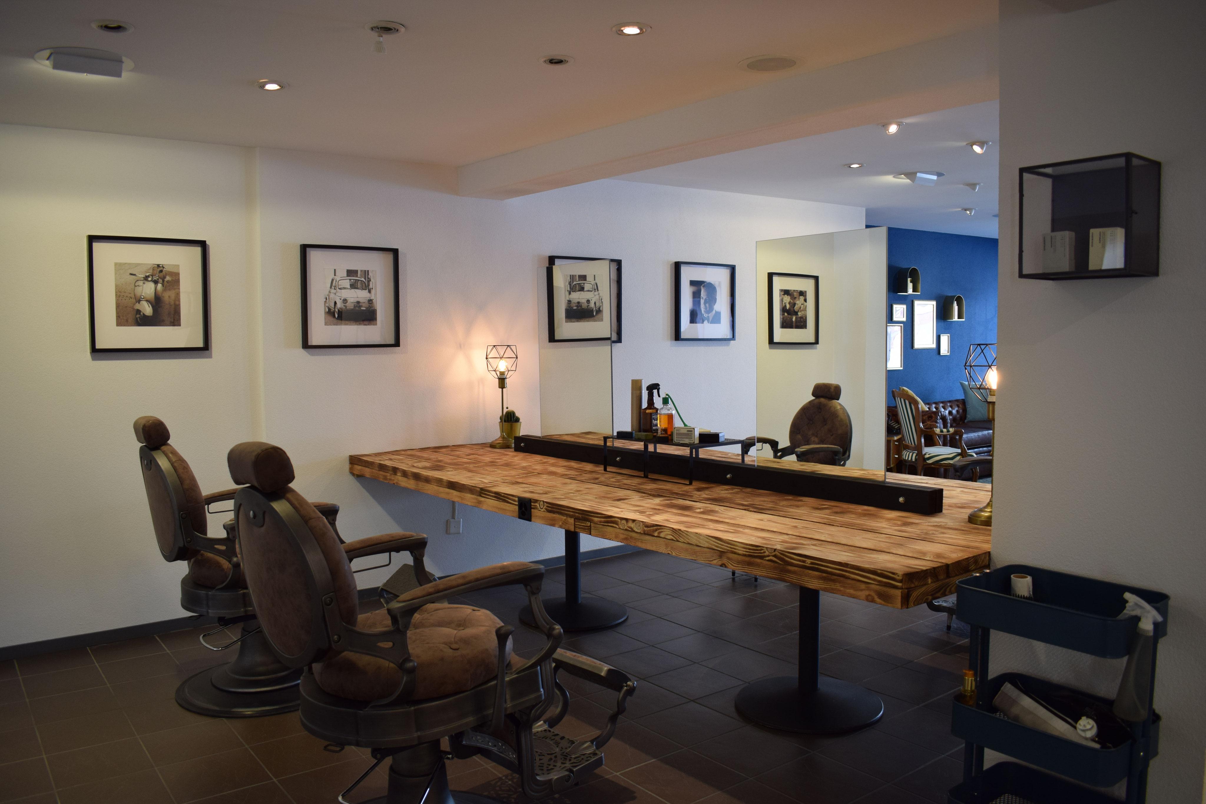 Und das ist er, unser Salon! - 1525285755s Webseite!