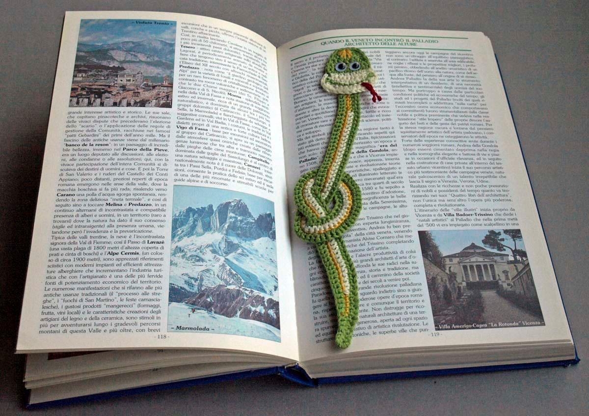 Segna libro in cotone vari colori ideesenzalimitis jimdo - Porta orecchini a libro ...