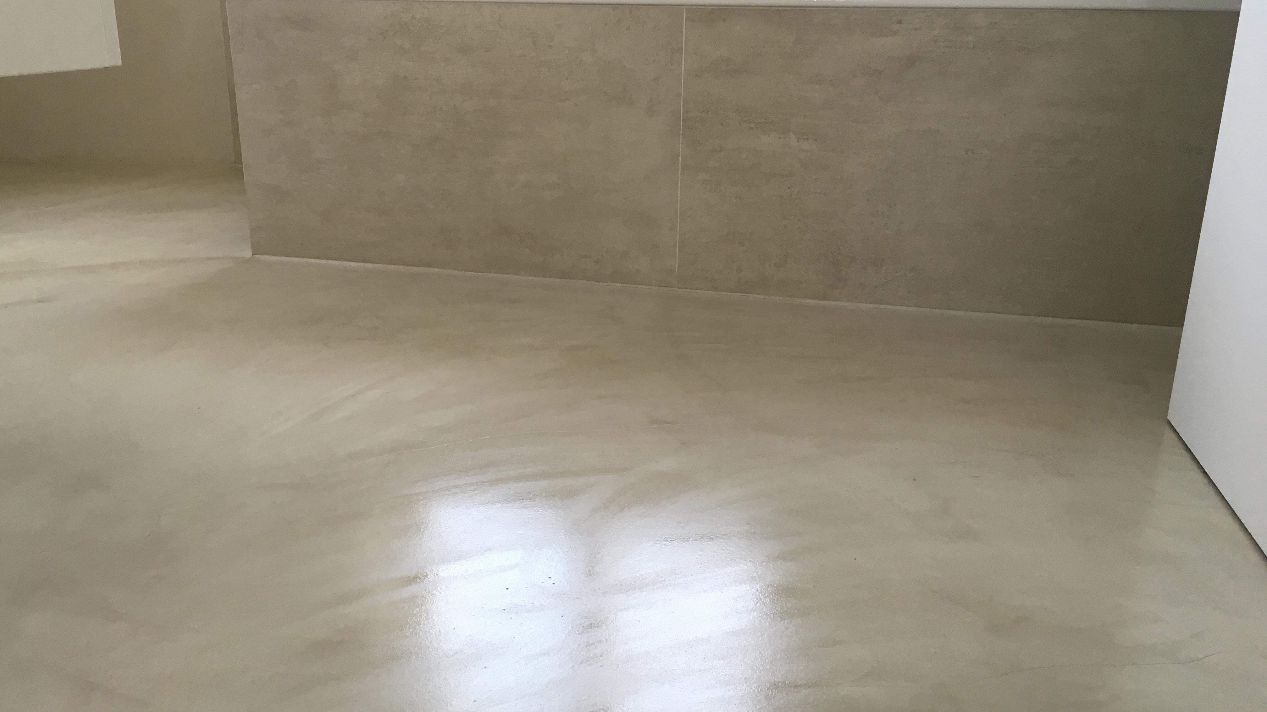 Fotos div. Projekte Wand  und Bodenbeschichtung   Die flüssige ...