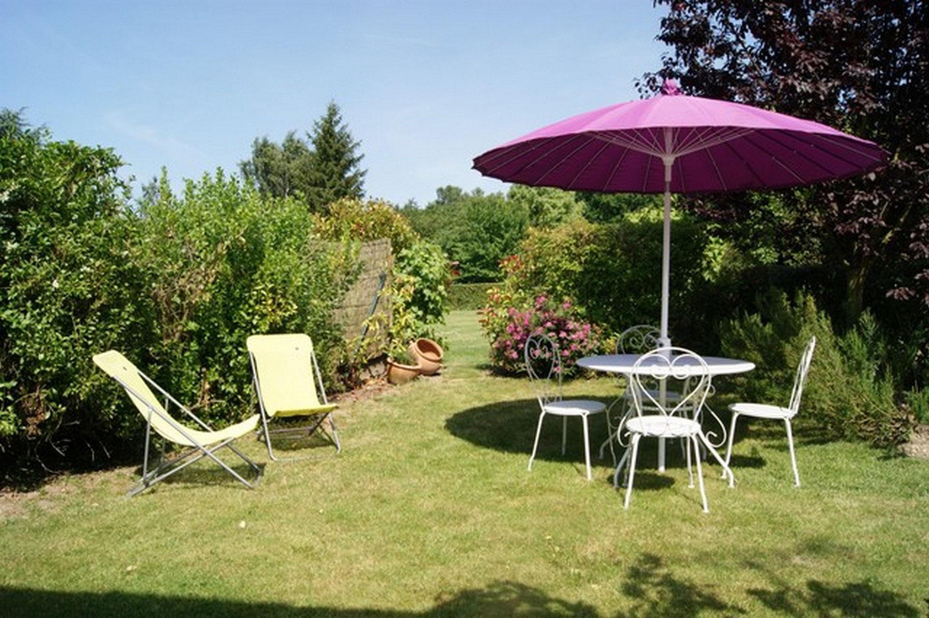 Gite senlis chantilly asterix north paris near a1 chambre d 39 hotes gite senlis - Chambre d hotes parc asterix ...