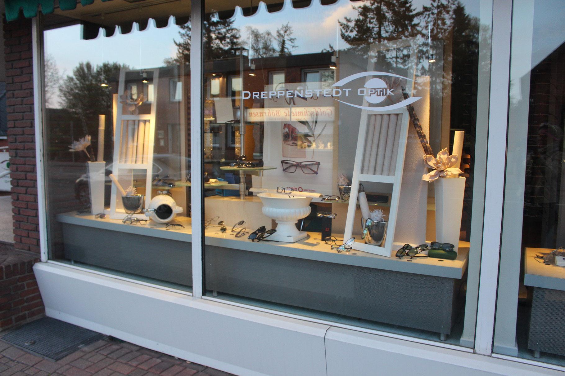 Wunderschön Schaufensterdekoration Beispiele Galerie Von Schaufenster- Und Werbegestaltung - Schaufensterdekoration, Visuelles Marketing