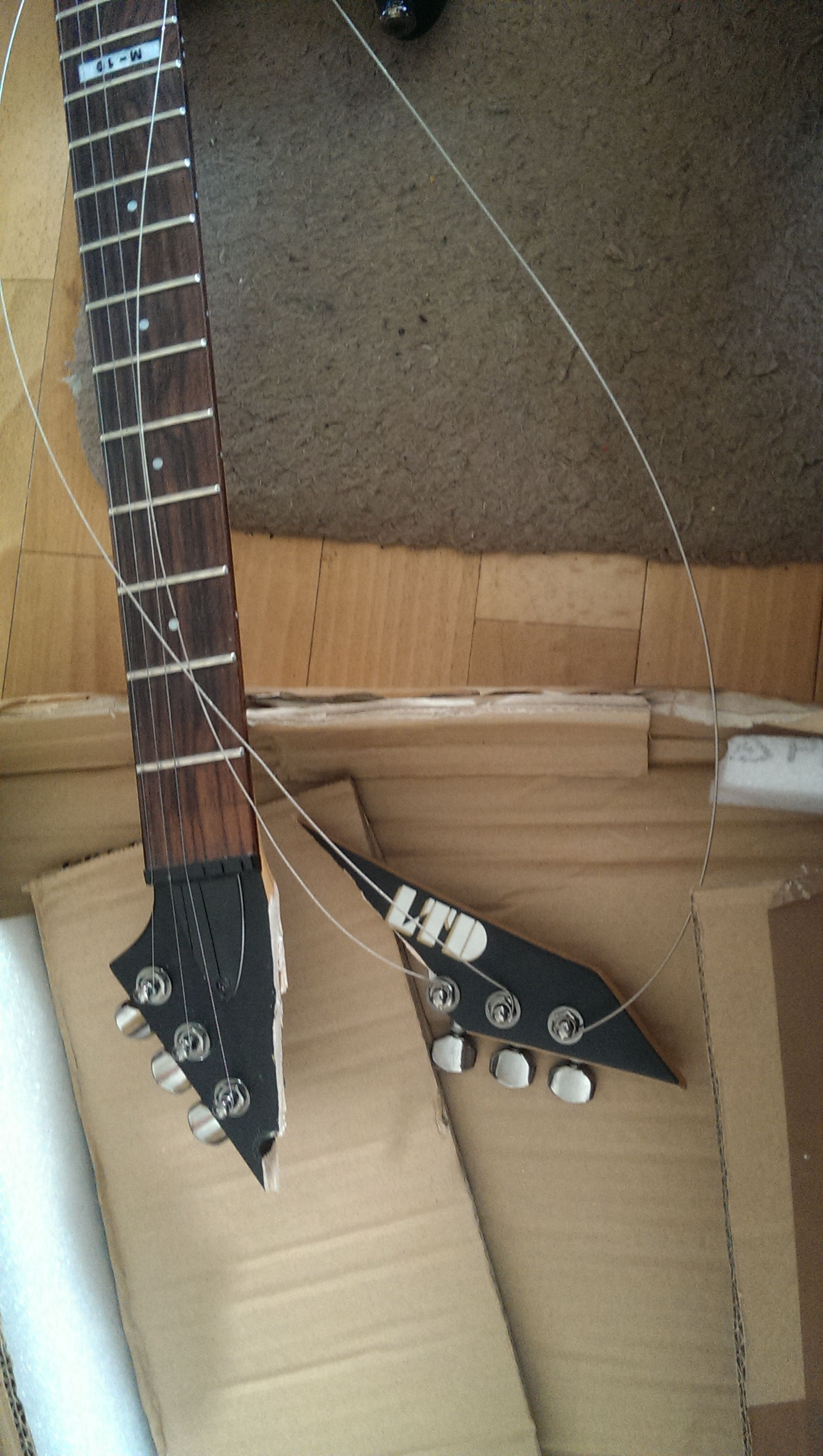 Ungewöhnlich Ltd Gitarren Schaltpläne Für Bilder - Elektrische ...