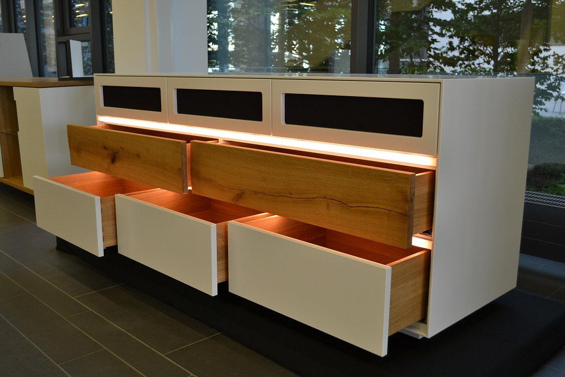 gl ckwunsch zur bestandenen pr fung holzm bel. Black Bedroom Furniture Sets. Home Design Ideas