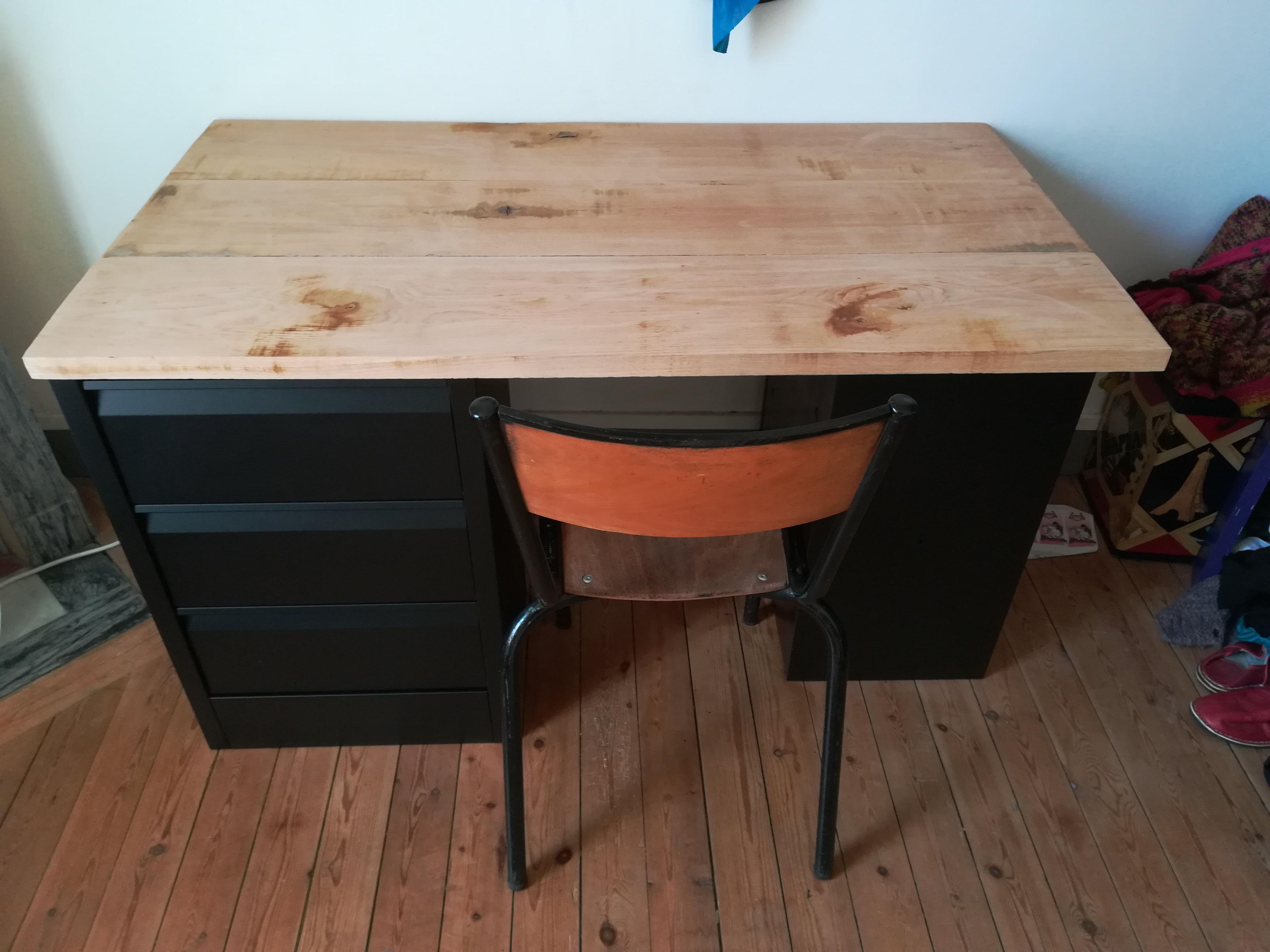 bureau sur mesure avec mobilier industriel vente. Black Bedroom Furniture Sets. Home Design Ideas