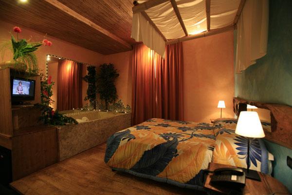 Inglese hotel bella 39 mbriana follonica - Alberghi con camere a tema ...