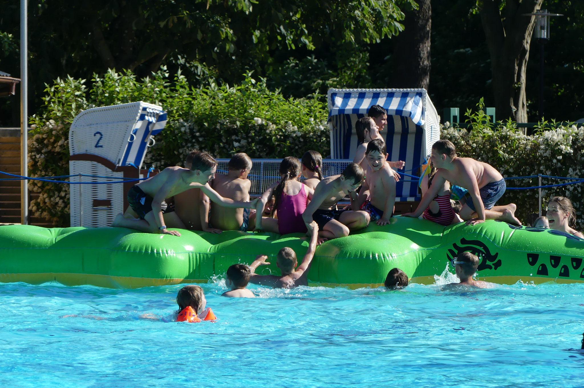 Ein Schulausflug ins Schwimmbad - Schule am Ostertor