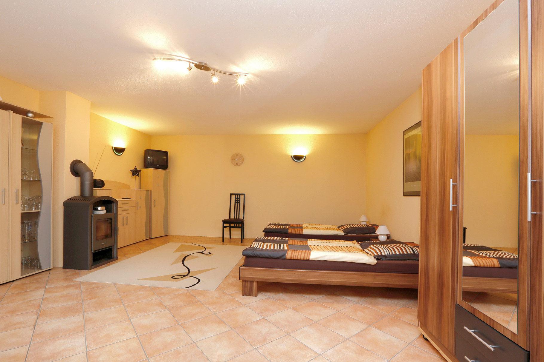 ferienwohnung im westend ferienwohnung peschels webseite. Black Bedroom Furniture Sets. Home Design Ideas