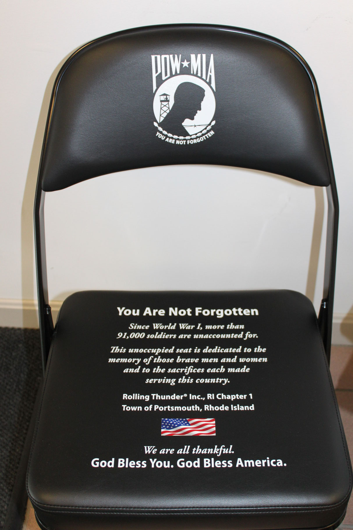 Pow Mia Chair And Table At The Portsmouth Rhode Island