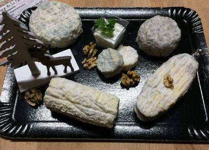 Plateau de fromages fermiers de La Ferme de La Pérotonnerie proposé pour les fêtes 2017
