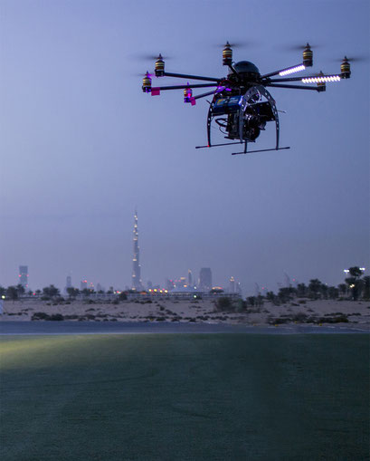 Oktokopter mit RED Epic in Dubai