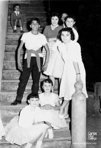 1958-Quiroga-nenos-escalera-Carlos-Diaz-Gallego-asfotosdocarlos.com