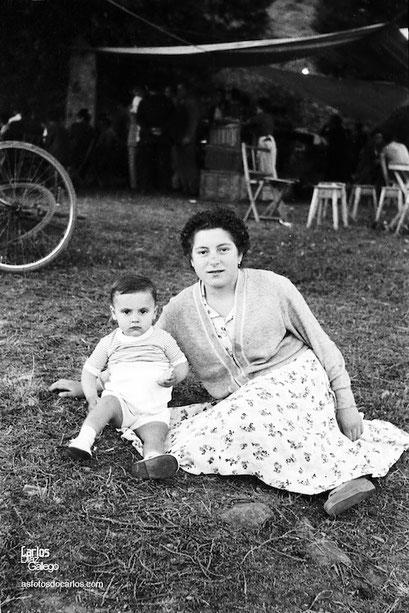 1958-Campos de Vila-madre-hijo-Carlos-Diaz-Gallego-asfotosdocarlos.com
