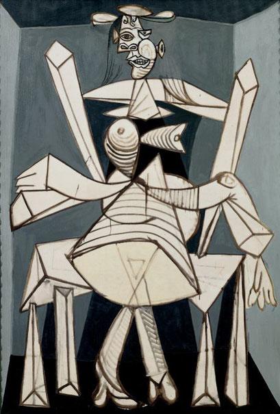 Mujer sentada en un sillón Dora Maar 1938. Cuerpo femenino, desorganizado y retorcido.Todo un campo perturbados de ambiguedad visual, presencia volumétrica, vientre pétreo, nalgas comprimidas..antebrazo espectral,figura demacrada..un horror!