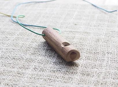 ヒヨドリ笛 Bulbul whistle いろいろな木の笛 Various Wood Whistle