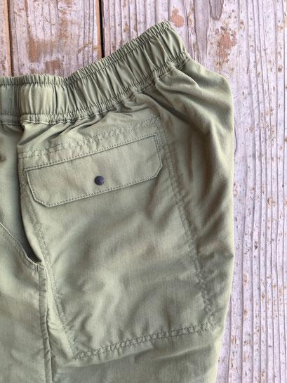 左サイドスナップポケット