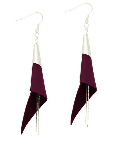 créations bijoux- créateur bijoux- bijoux fait main-bijoux cuir- créateur bijoux cuir- création bijoux- -sarayana-handmade jewelry-leather jewelry-bijoux de créateur- boucles d'oreille cuir- boucles d'oreille violet-boucles d'oreilles arum