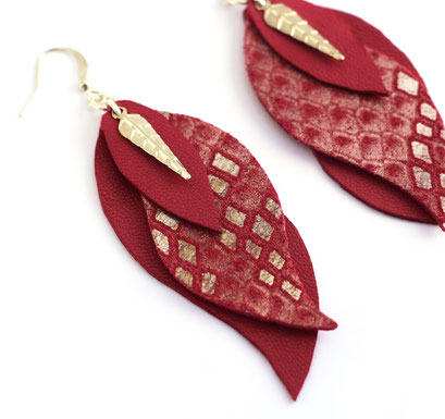 créations bijoux- créateur bijoux- bijoux fait main-bijoux cuir- créateur bijoux cuir- création bijoux- -sarayana-handmade jewelry-leather jewelry-bijoux de créateur- boucles d'oreille cuir- boucles d'oreille violet-boucles d'oreilles feuilles
