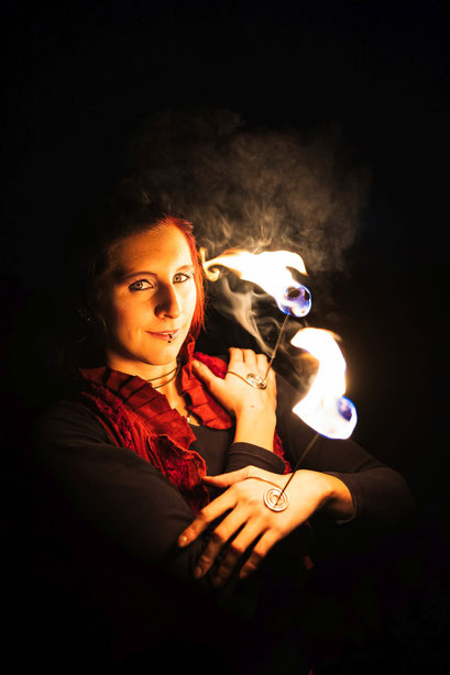 Nadine Künzer, freiberufliche Unterhaltungskünstlerin und Geowissenschaftlerin
