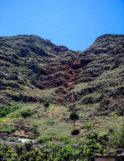 Die Wanderung durch die steile, rote Felswand bei Agulo nach Hermigua muss fantastisch sein