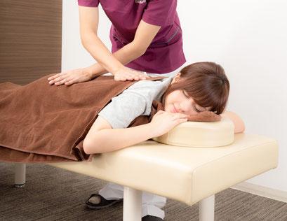 しこりで腰が痛い奈良県広陵町の女性