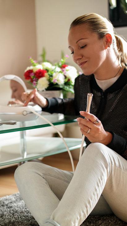 Mit dem Beurer FC100 Mikrodermabrasionsgerät für Zuhause zu praller, straffer Haut | Franny´s Anti-Aging Wunder im Langzeittest | Hauterneuerung, gegen Falten | hot-port.de | Style & Fashion Blog für Frauen über 30