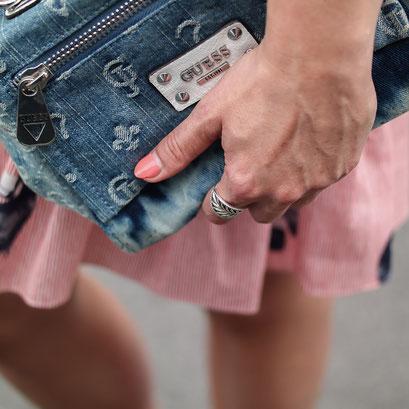Volant Sommerkleid von Zara | Coole Rüschen für heiße Tage | Hot Port Life & Style | 30+ Lifestyle & Modeblog