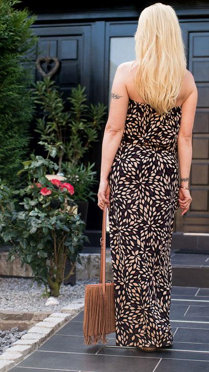 Ein Maxikleid darf in keinem Kleiderschrank fehlen, denn Maxikleider sind definitiv das Must Have des Sommers & der Lieblingstrend schlechthin | Mein Maxikleid von Lascana begleitet mich schon seit 6 Jahren | Hot Port Life & Style | 30+ Mode & Style Blog aus Deutschland