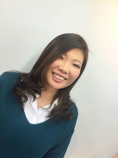 横浜・日吉・菊名・美容室☆女性の笑顔を作る専門家☆美容家 奥条勇紀 毛先のハイライトで春先取りカラーだ