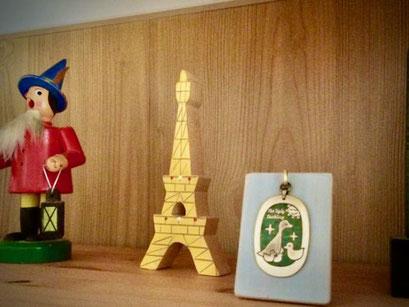 ペンダントトップスタンド/Pendant Jewelry Stand」を製作しました.世界はほしいモノにあふれてる。