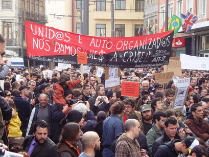 Demo i byen Porto mod prekære arbejds- og leveforhold