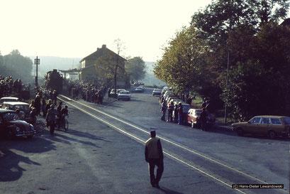 Dampflok 41 096 besiegelt mit einer Sonderfahrt im Jahr 1977 das Ende der Innerstetalbahn
