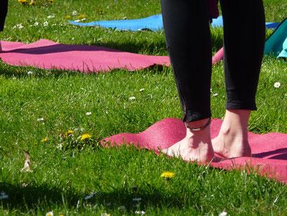 outdoor enjoy your yoga bad soden am taunus. Black Bedroom Furniture Sets. Home Design Ideas