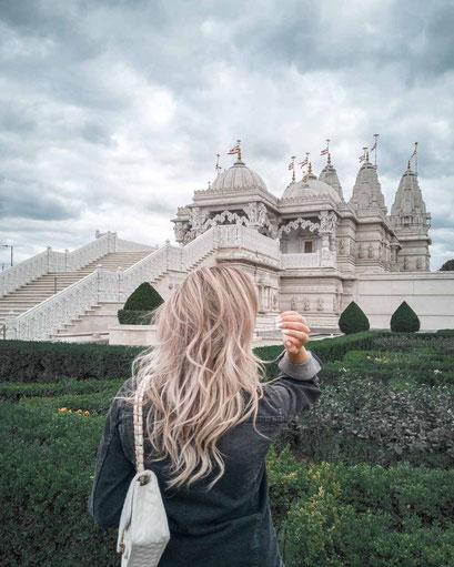 Zu sehen ist eine mögliche Bildidee für den Neasden Tempel.